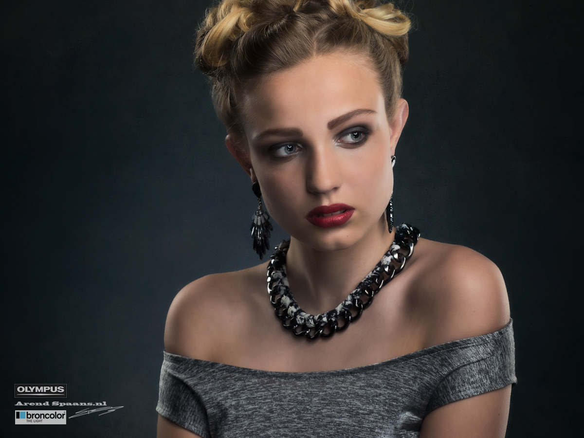 Model: Lois Visagie: Hanne Fotografie: Arend Spaans